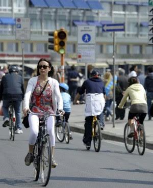 La città viaggia in metrò trasporto pubblico: è record