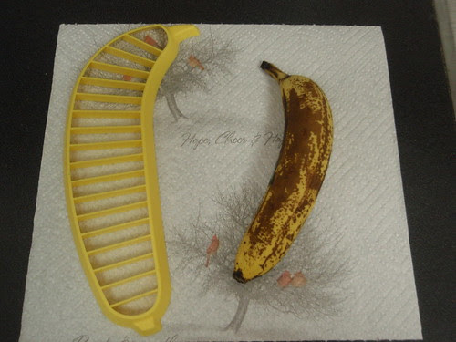 banana and slicer (1)