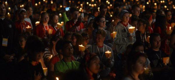 """Papa: Jóvenes, sean protagonistas de la historia, siguiendo a Jesús """"el Señor del riesgo"""""""