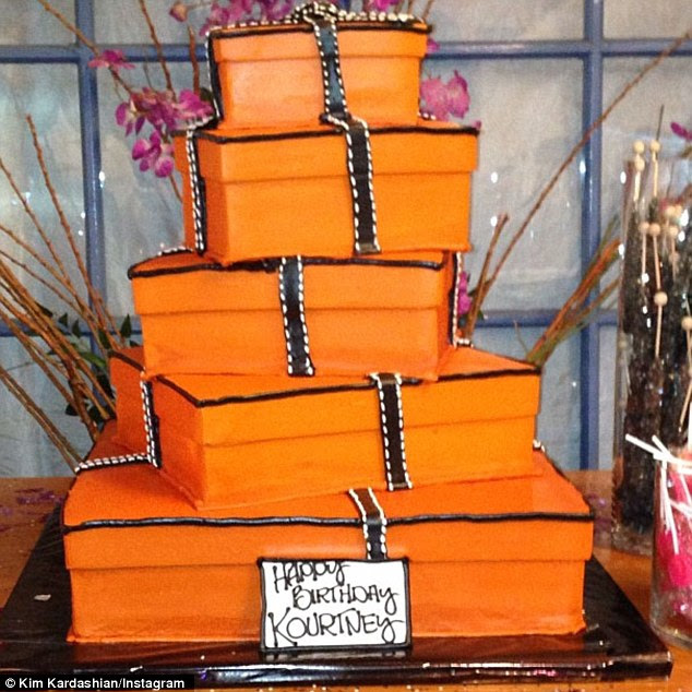Someone is a Hermes fan! Kourtney's cake looked like a pile of Hermes boxes