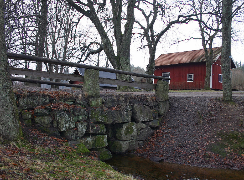 The old stone bridge