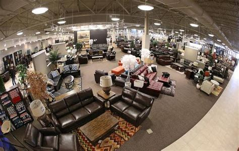 dfws nebraska furniture mart  redefine big box store