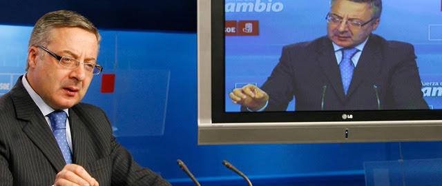 Blanco aprovechó un vacío legal para que el PSOE pagara las obras de su chalé