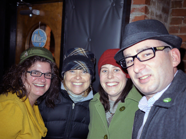 Tri-State Bloggers Holiday Happy Hour
