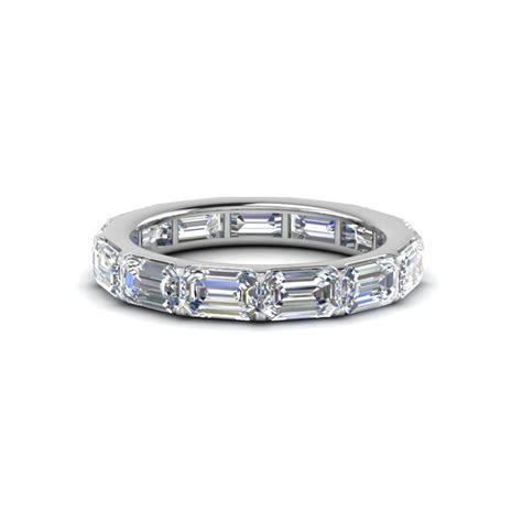 Horizontal Emerald Cut Diamond Eternity Band In 14K White