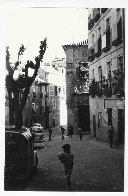 Plaza de la Bellota hacia 1970. Colección Luis Alba. Ayuntamiento de Toledo