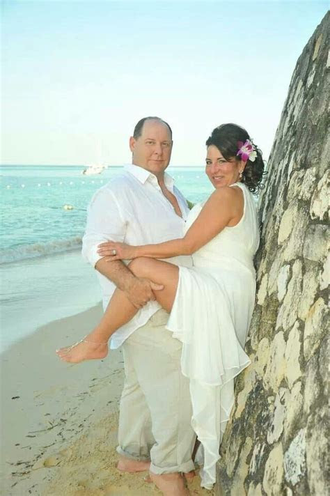 Beach wedding, vow renewal, 25th anniversary, destination