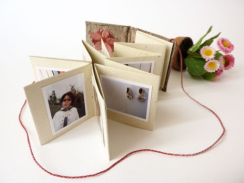 """Mini photo album with accordion """"Wild flowers and silk"""" by MOV"""