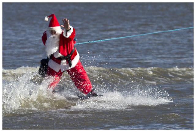 2011-01-01 Waterskiing in the Mississippi 3