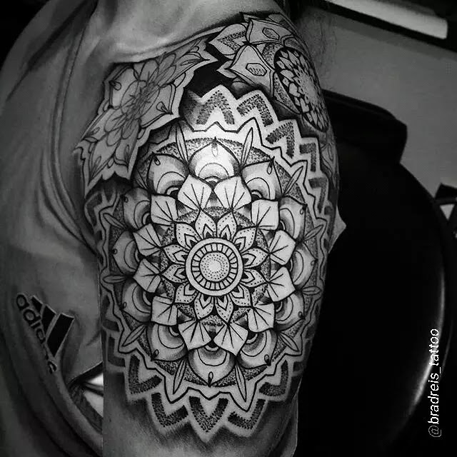 75 Spectacular Black And Grey Tattoo Designs Ideas 2019