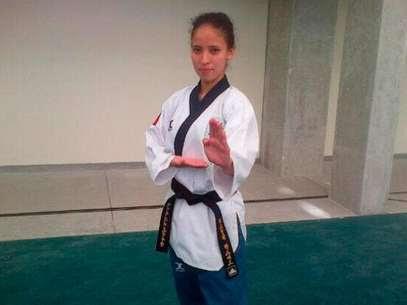 Castillo obtiene oro en taekwondo