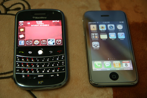 BlackBerry Bold iPhone