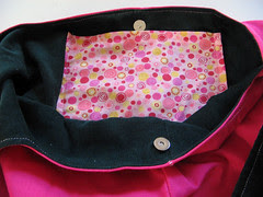 Shoulder bag lining and pocket