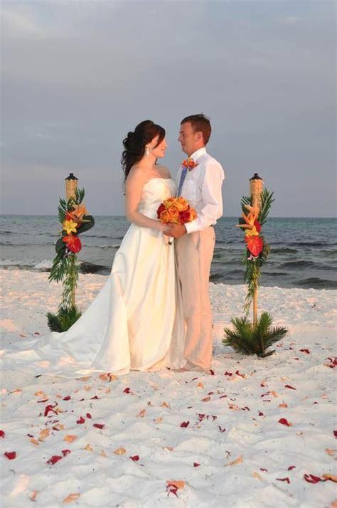 25  best ideas about Casual beach weddings on Pinterest