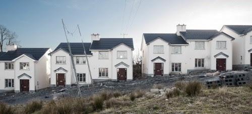 τα-απομεινάρια-μιας-φούσκας-οι-πόλεις-φαντάσματα-της-Ιρλανδίας