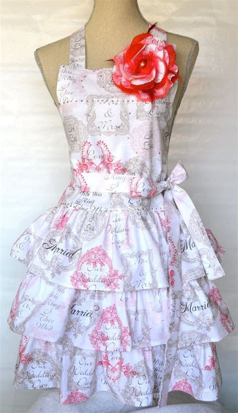 Womens Wedding Print Apron   Cake Cutting Apron   Ruffled