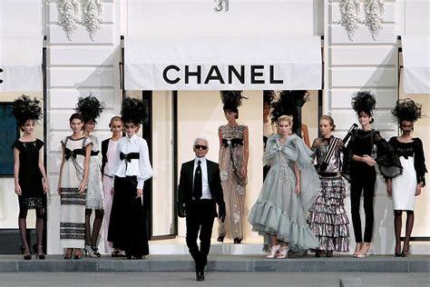 chanel designer karl lagerfeld spread  thin