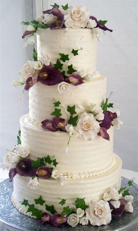 4 tier wedding cake, textured buttercream and coordinating