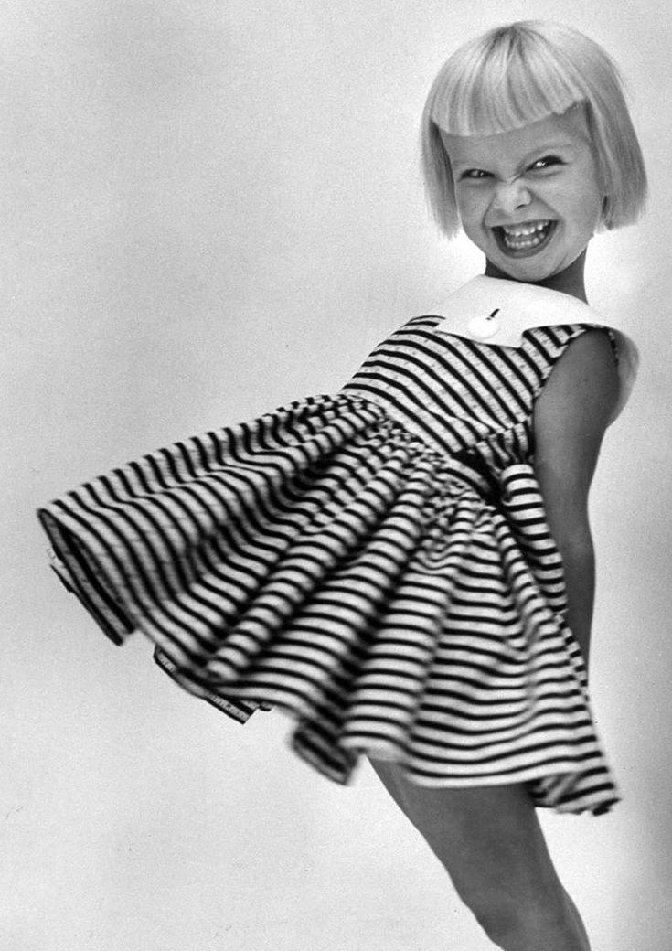 photographer | Lisa Larssen | stripes | black & white | kids fashion | fashion for all | vintage feel
