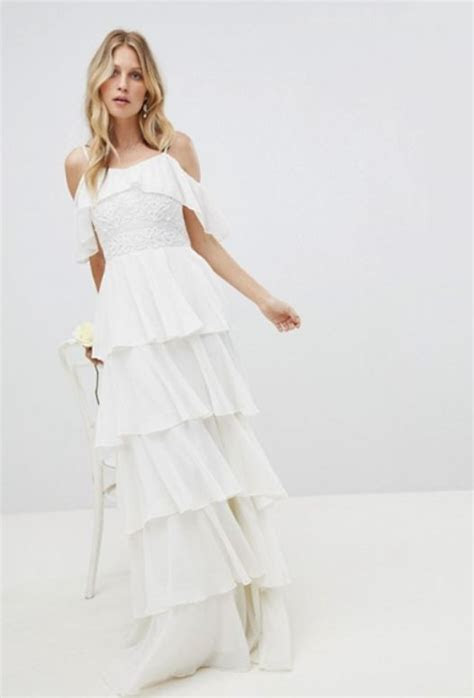 Off The Rack Wedding Dresses To Buy For A Quickie Ceremony