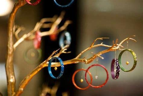 8 New & Fun Ways To Use Bangles In Your Mehendi Decor