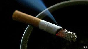 Cigarro pode afetar o cérebro em longo prazo, diz estudo (Foto: BBC)