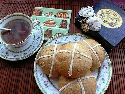 buns and tea.jpg