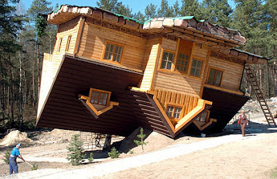 Upside Down House of  Daniel Czapiewski (8)  6