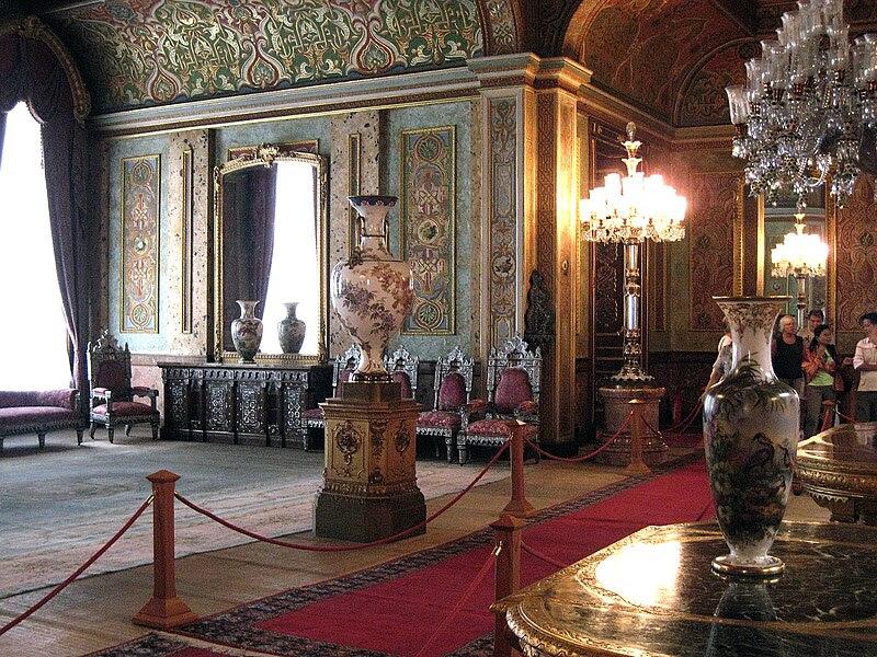 File:Beylerbeyi-palace-interior.jpg