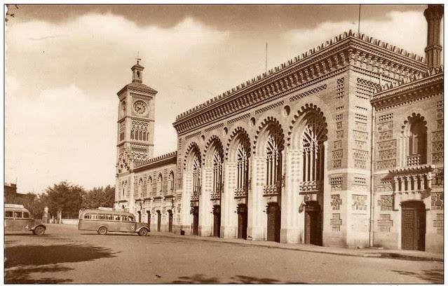 Estación de ferrocarril a mediados del siglo XX
