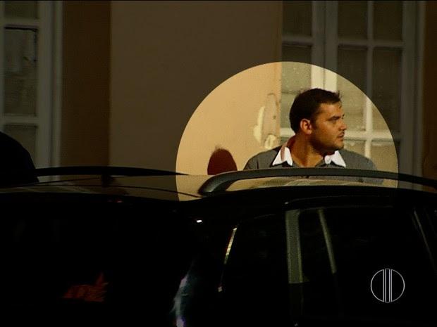 Bruno Cavalcanti Teixeira, de 32 anos, nega ter tido relações sexuais com adolescentes em motel na Zona Leste de Natal (Foto: Reprodução/Inter TV Cabugi)