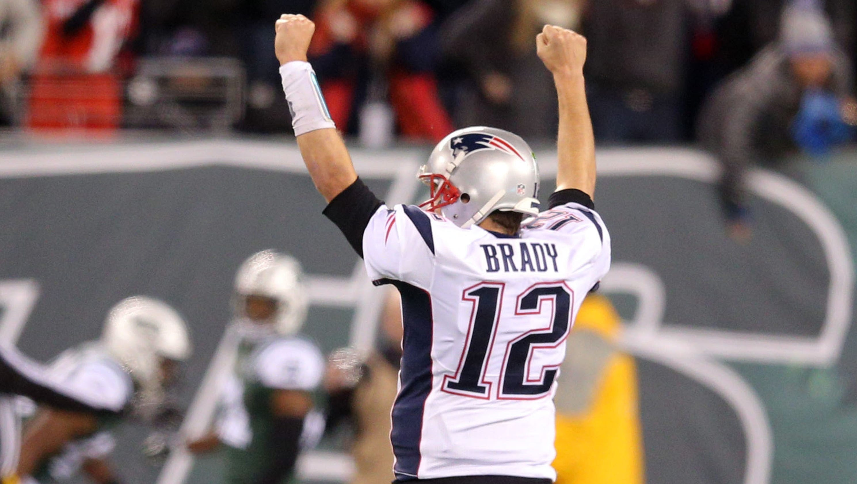 Tom Brady revels in recordtying 200th win with Patriots