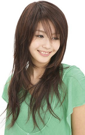 Asian women long hairstyle with layers.jpg picture