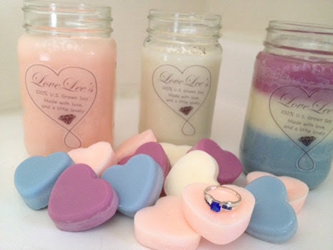 16 Ounce Scented Candle with jewelry
