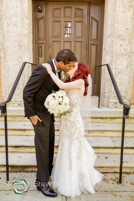 Knowles Chapel Winter Park Wedding Photographer