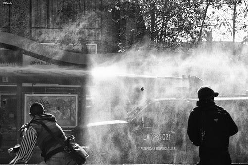 Luces de una protesta by Alejandro Bonilla