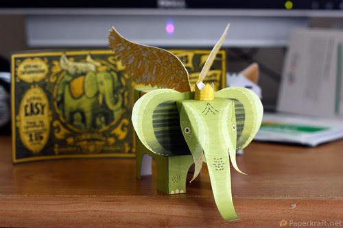 Winged Elephant Papercraft 01