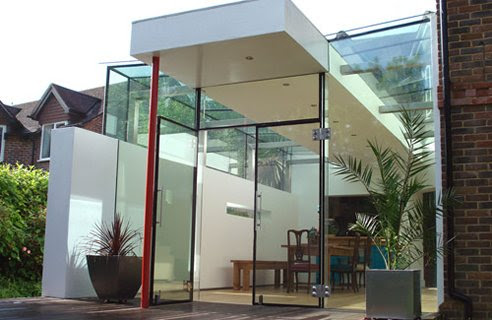 Luxury Modern Home Design with Contemporary Extension
