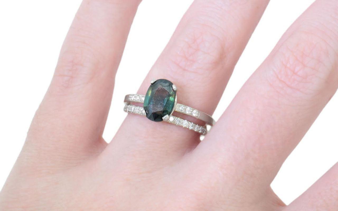 Resultado de imagen para colored sapphire rings