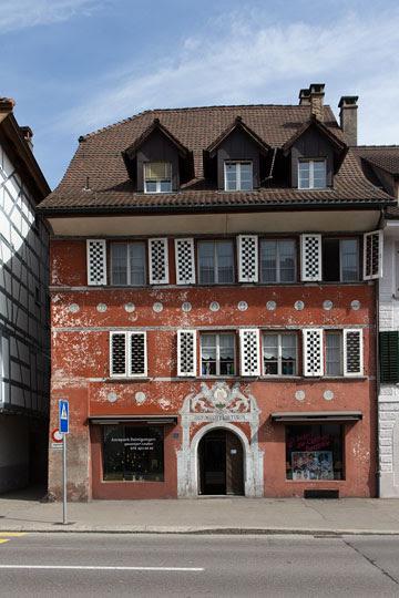 Das Rote Haus Zurzach - Kim Garnett