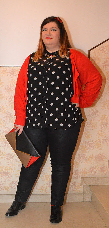 Plus size outfit day:  All about Polka Dots