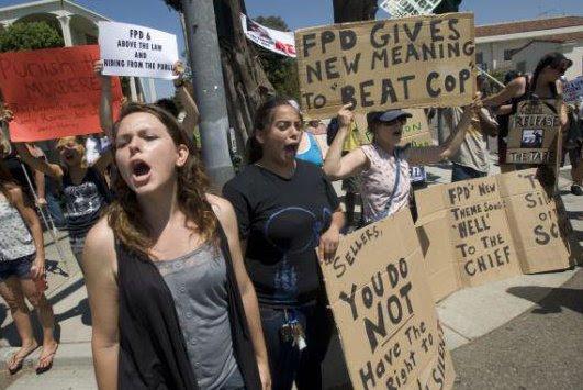 kelly thomas protesters 2011