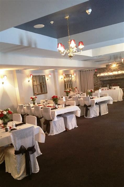 Brick Hotel on the Circle Weddings   Get Prices for