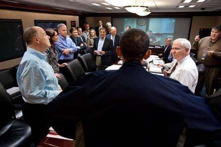 O presidente dos EUA, Barack Obama, com a cúpula do serviço de inteligência americano durante o ataque a Bin Laden