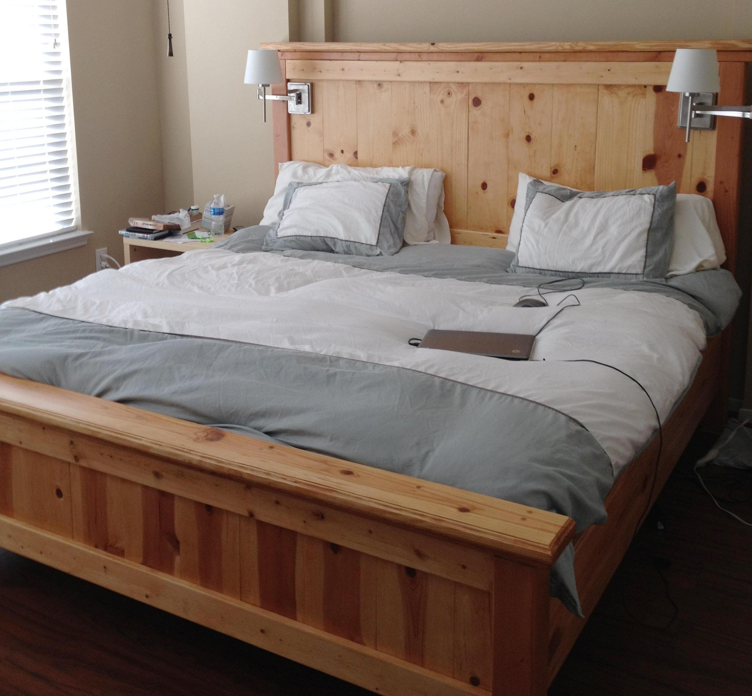 20 King Size Bed Design To Beautify Your Couple s Bedroom HGNV