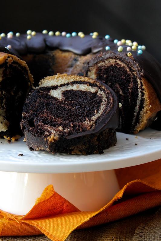 EGGLESS CHOCOLATE & VANILLA MARBLE CAKE