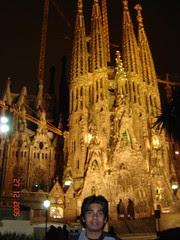 Sagrada Familia Di Waktu Malam, Barcelona, Spain