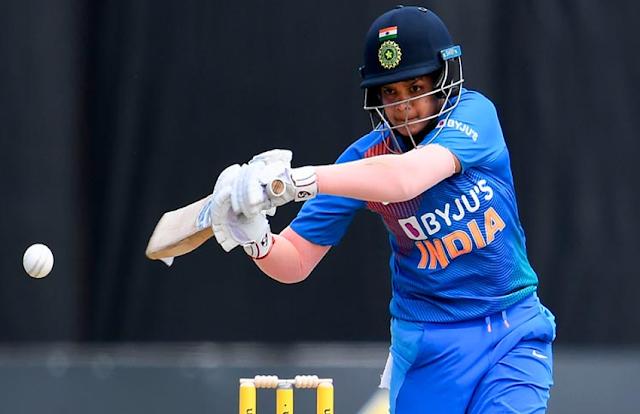 भरतीय महिला क्रिकेट टीम की स्टार खिलाड़ी शैफाली ने खेल में सुधार के लिए लिया पुरुषों के कैंप में हिस्सा