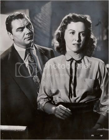 Betsy Blair and Ernest Borgnine in 'Marty'