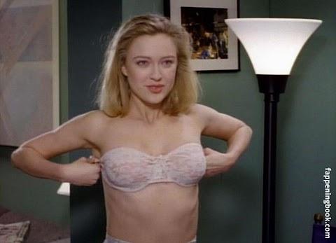 Carolyn Lowery Nude - Hot 12 Pics | Beautiful, Sexiest